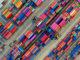 Imagem de conteineres para a matéria Importação têxtil diminui em junho
