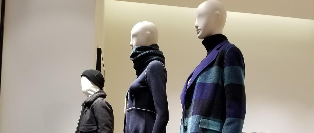 Inflação de roupas encosta em 1% ao mês